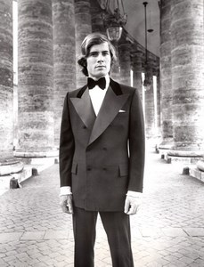 Rome Bernini Columns 1970's Men Fashion J.P. Stevens Hardy Amies old Photo