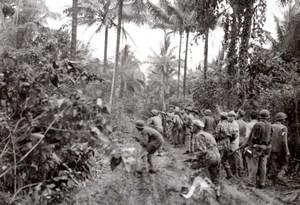 WWII Los Negros Island American RAAF Soldiers Momote Airfield Photo 1944
