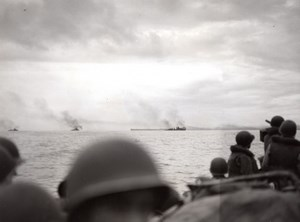 WWII Los Negros Island American Troops Bombardment old Tom Shafer Photo 1944