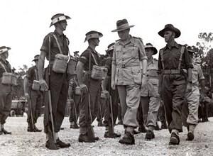 Papua New Guinea Lord Wakehurst Inspecting Guard of Honor old Photo 1945