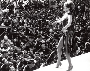 Actress Janis Paige Bob Hope Troupe Performing in Vietnam old Photo 1964