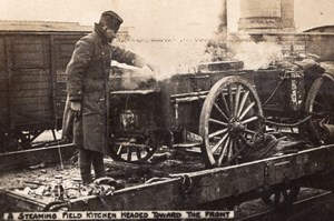 Steaming field Kitchen headed toward the Front WWI old Photo 1914-1918