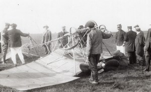 France? Aviation Leon Versepuy Accident Crash old RPPC Photo 1910's