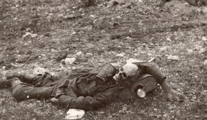 France WWI Dead Body Corpse Skull on Battlefield old Photo 1914-1918