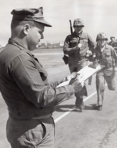 USA US Marine Corps Military Training Forced March Exercise old Photo 1964