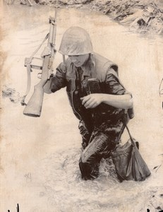 Vietnam War? US Marines American Soldier Rifle old Photo 1967