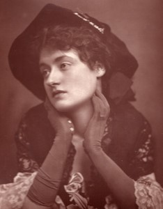 United Kingdom Theatre Stage Actress Miss Winifred Emery old Photo 1880