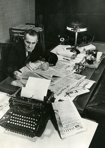 Russia Moscow J Vicktorov Journalist newspaper Pravda Typewriter Old Photo 1947