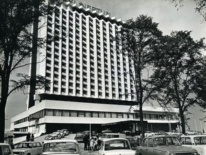 East Germany Rostock new hotel Neptun Automobiles Old Photo 1971