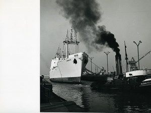 France Dunkerque Ecluse Trystram Lock Cargo Cambraisien Audacieux Old Photo 1959