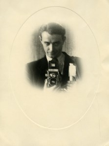 France Paris Andre Rossignol Photographer self portrait Camera Old Photo 1940