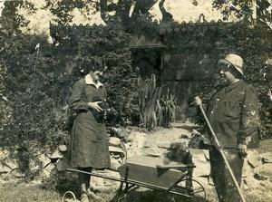 France Photographie au Jardin Jeune Femme et Appareil Photo Ancienne Photo 1930