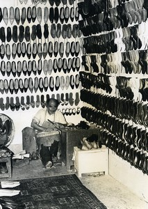 Iran Djafar the little Iranian Shoe Maker Shop old Photo Dominique Darbois 1968