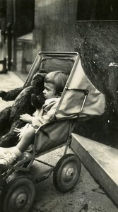 France Lille l'ours en peluche Jouet Jeu d'Enfants Ancienne Photo Amateur 1950