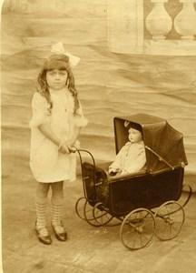 France la Poupée & son Laudau Jeu d'Enfants Ancienne Photo Amateur 1930