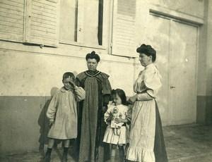 France Fillette et sa Poupée Jeu d'Enfants Ancienne Photo Amateur 1910