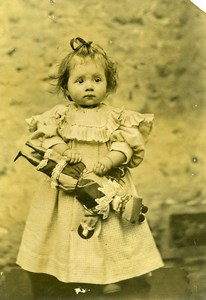 France Fillette et Poupée Jeu d'Enfants Ancienne Photo Amateur 1900