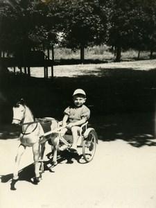 France Cheval a pedale Cycliste Jeu d'Enfants Jouet Ancienne Photo Amateur 1950