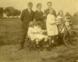France Tricycle et velos Jeu d'Enfants Ancienne Photo Amateur 1900