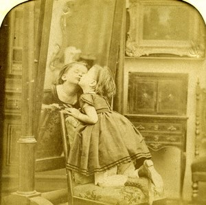 France Kiss on Miror Child Scene de Genre Old LL Photo Stereoview Tissue 1865