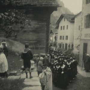 Suisse Val d'Herens Evolene Procession Ancienne Photo Stereo Possemiers 1920