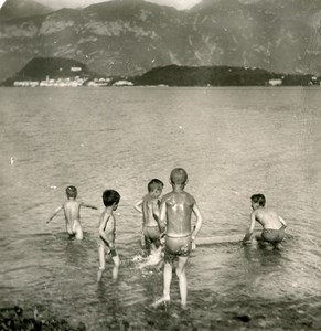 Italy Lake Como Bellagio Market Day Children Bathing Old Stereoview Photo 1900