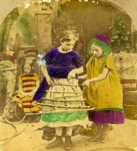United Kingdom Scene de Genre Making a Crinoline Stereo Photo hand colored 1865