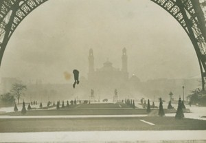 Franz Reichelt Fatal Parachute Jump old Photo 1912