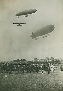 Dirigible Airplane Flying Aviation militaire Photo 1911
