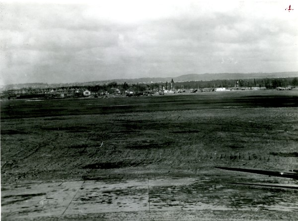 Aerodrome-du-Bourget-Dugny-General-View-aviation-old-signed-Photo-signee-1945