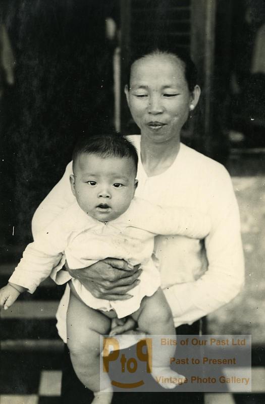 Kampot : Chinoise et son Enfant  Photo Instantanée Amateur 1930