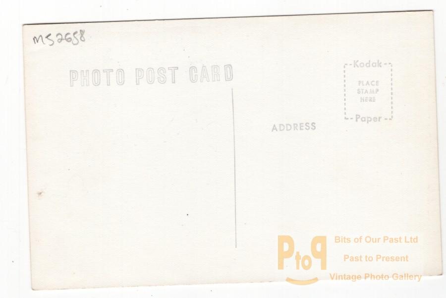 m52658b.jpg